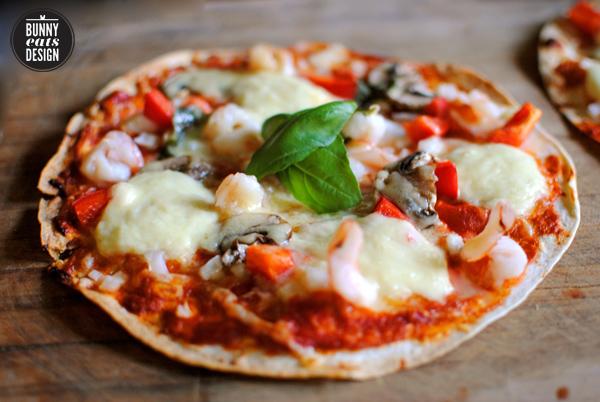 mozzarella-pizza2